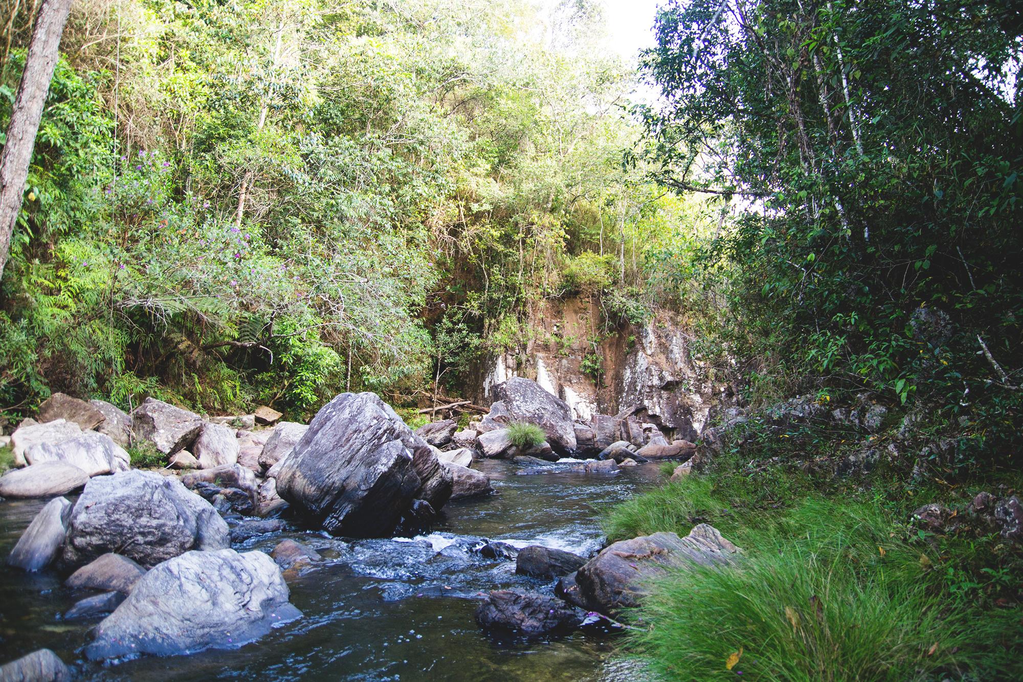 Essa é uma das cachoeiras que podemos vivenciar nesse paraíso natural. É apenas uma amostra, porque tem gigantescas cachoeiras que é incrível.